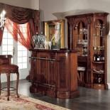Masivní dřevěný bar
