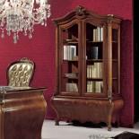 Dvoudveřová knihovna s intarsií