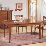 Rozkládací jídelní stůl