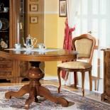 Jídelní stůl ovalný