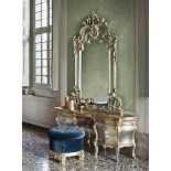 Stříbrno-zlatý toaletní stolek
